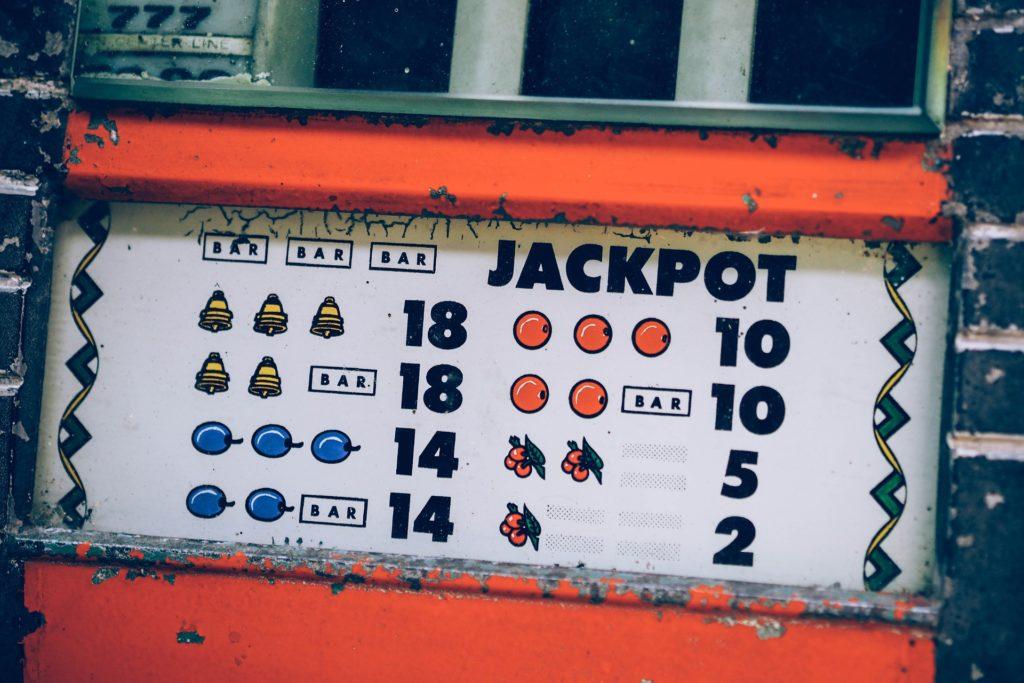 Wie online in einem Casino weiterspielen, ohne süchtig zu werden? auf blog-kade.de